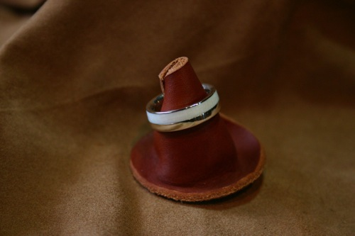 写真:アイボリー(象牙) RING